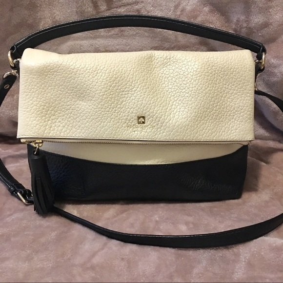 143d137cacc2 kate spade Handbags - Kate Spade Black and white foldover purse